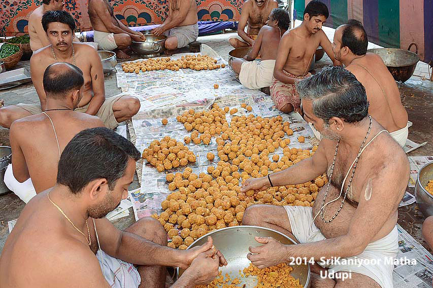 Preparations of Sweets and Prasadam for Paryaya Festival