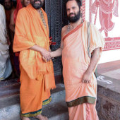 Felicitation_By_Lakshmivarathirtha_Swamiji_On_14_Jan_201_003
