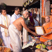 Felicitation_at_Shree_Puttige_Matha_14_Felicitation_from_Sri