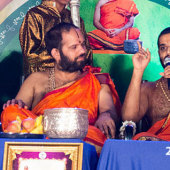 Shri Vishwavallabha Theertha Swamiji, Paryaya Shri Sode Vadiraja Matha addressing during felicitation to Kaniyooru Swamiji