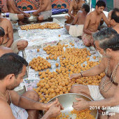 Preparations_of_Sweets_and_Prasadam_for_Paryaya_Festival_01