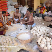 Preparations_of_Sweets_and_Prasadam_for_Paryaya_Festival_08